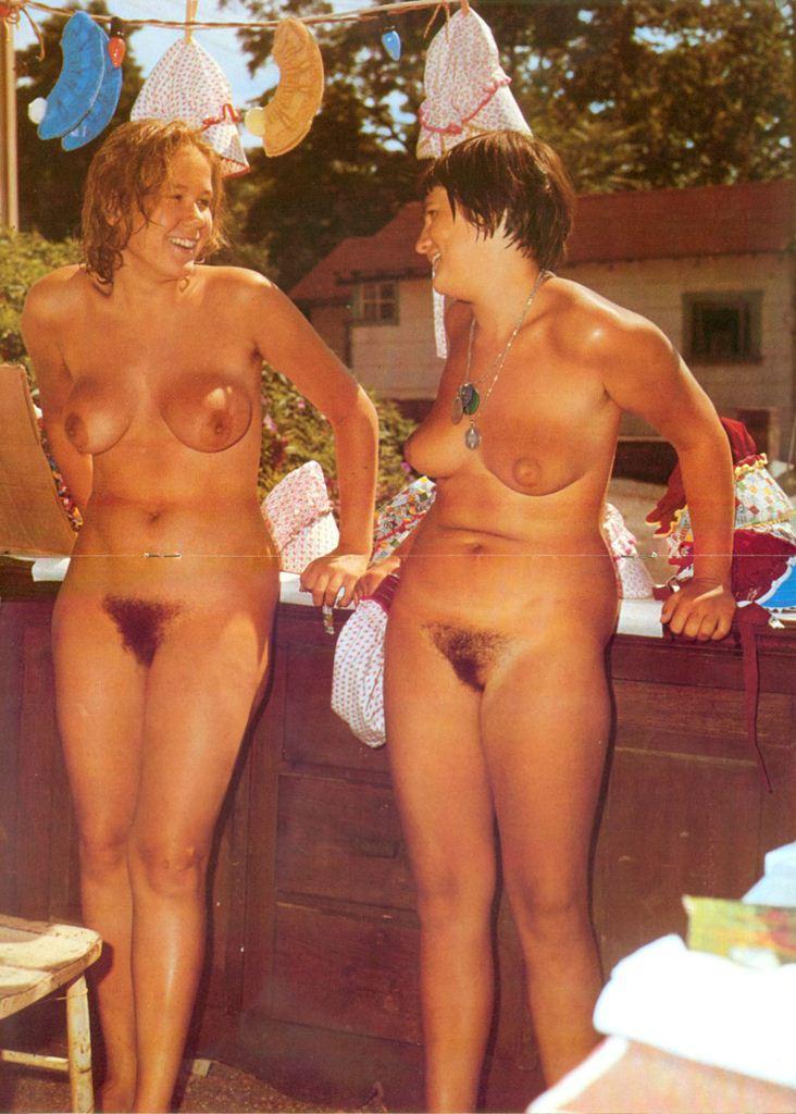 nudist women bonus photo of the day 01 06 11   good naked