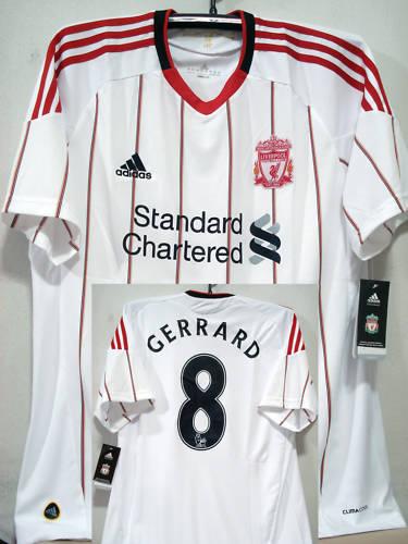 Liverpool 2010 11 deplasman forması