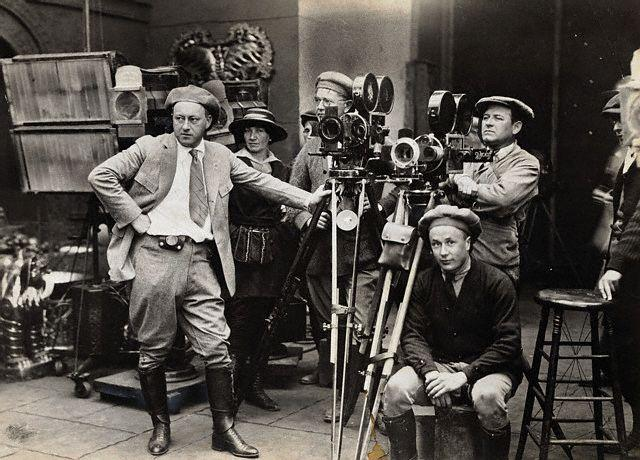 10 pasos: Cómo dirigir, crear, y actuar tu propia película