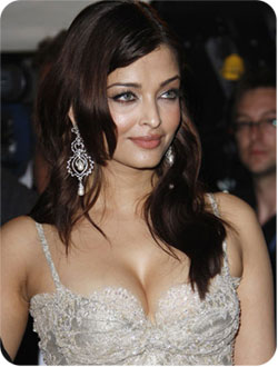 Aishwarya Rai Latest Romance Hairstyles, Long Hairstyle 2013, Hairstyle 2013, New Long Hairstyle 2013, Celebrity Long Romance Hairstyles 2231