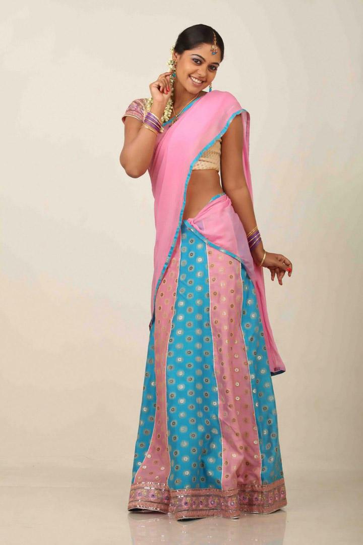 Bindu madhavi in pink half -saree-Trendy photo gallery | GSV Films :: Film news, video songs ...