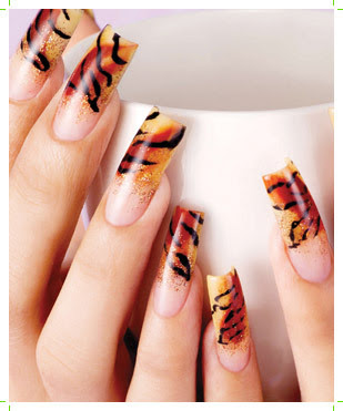 Modern Tiger Nail Art Fashion