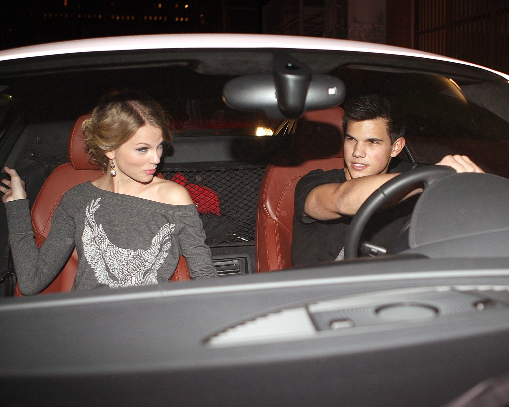 http://1.bp.blogspot.com/_kAg0P2cbEPA/THxR80jzzuI/AAAAAAAAAaQ/jhy9xRGnyLE/s1600/rich-taylor-lautner-and-taylor-swift-out-to-dinner-oct-09-1024x819.jpg