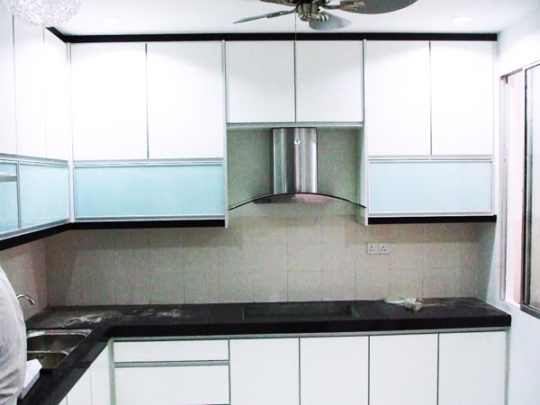 Kabinet dapur for Kitchen set hitam putih