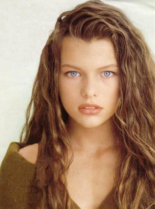 Devil & Angel: Biografi of Milla Jovovich