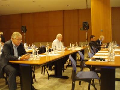 Från vänster: Michael Read (comScore, England), Hans Nordlöv (Sveriges Annonsörer, Sverige)