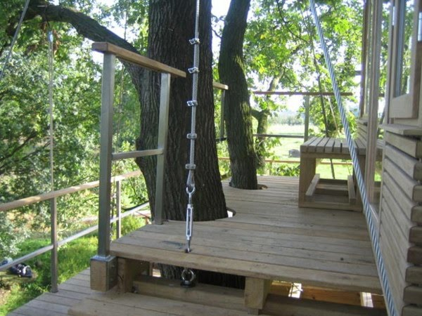 39 all about modern ideas 39 uber cool german treehouse for Modern tree house plans