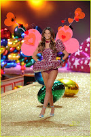 chanel-iman-for-victorias-secret-fashion-show-09.jpg