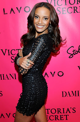 Selita Ebanks ( Victoria's Secret Fashion Show after party 2010) HQ