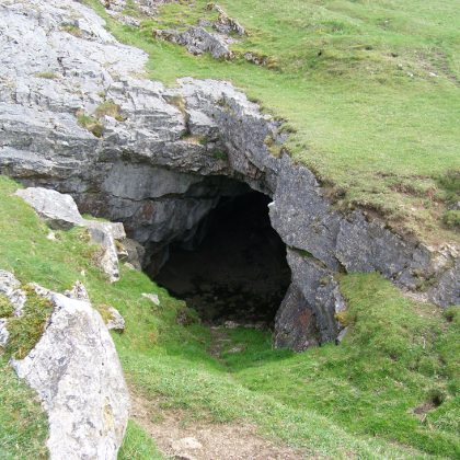 Storr's Cave, Storr's Common