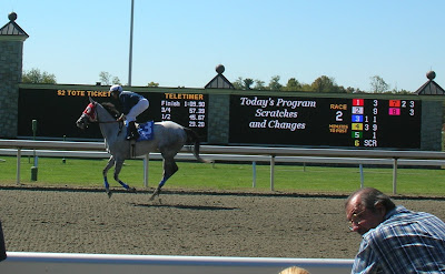 Tactical-Candy-Wins-at-Keeneland-2008