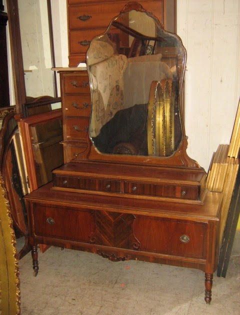 Uhuru Furniture Collectibles 1930s Vanity Sold