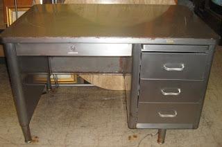 Uhuru Furniture & Collectibles Old School Metal Teacher s