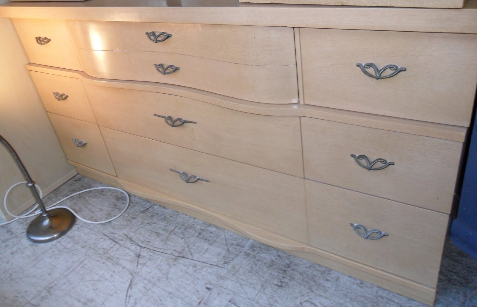 Uhuru Furniture & Collectibles: 1950s Bedroom Set SOLD