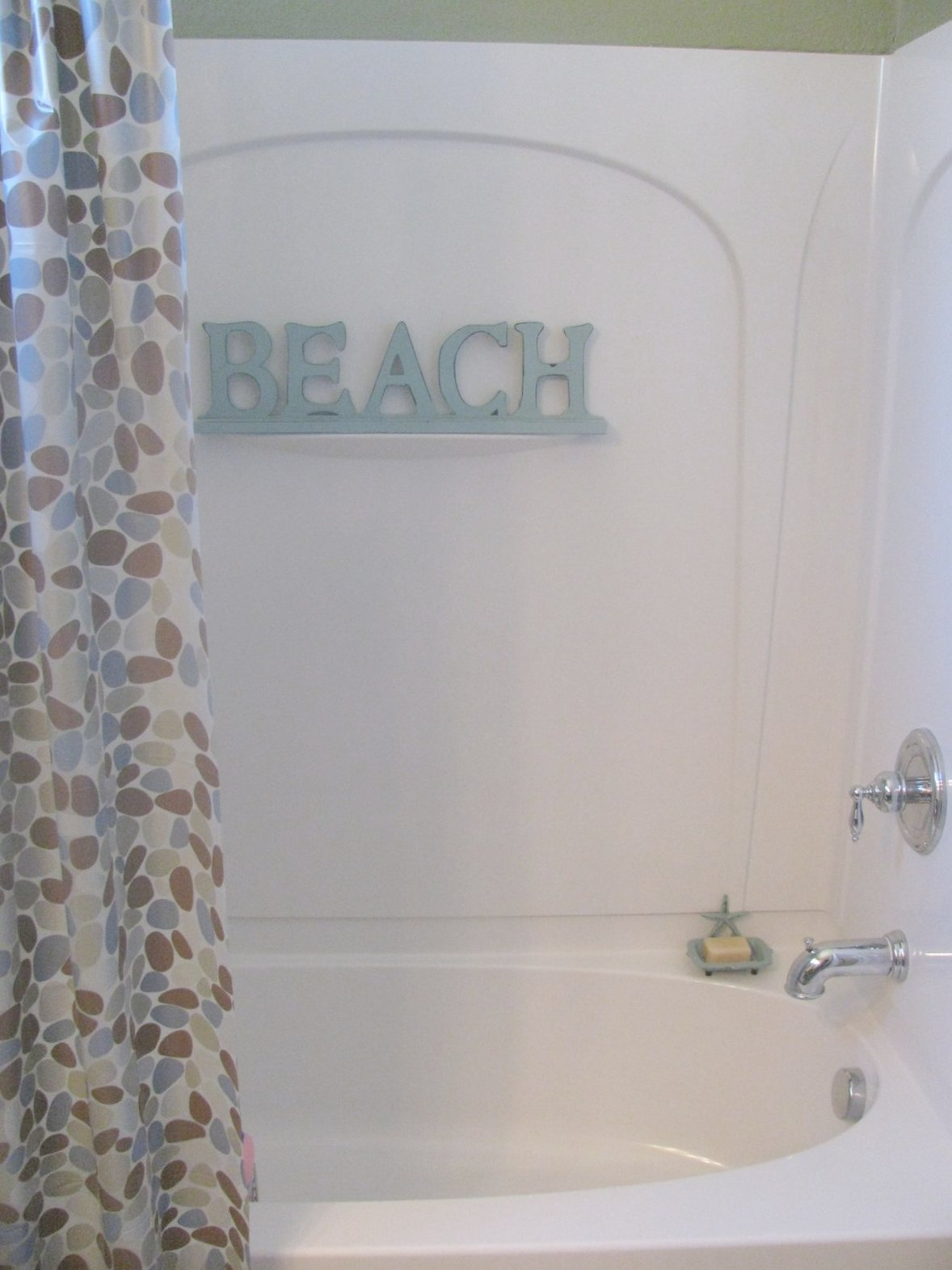 beach themed kids bathroom i thought a beach themed