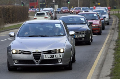 Alfa Romeo cars picture, Alfa Romeo cars photo, Alfa Romeo cars image, Alfa Romeo cars pics, Alfa Romeo cars images, Alfa Romeo cars video, Largest car parade picture, Largest car parade photo, Largest car parade images