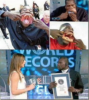 Francisco Domingo Joaquim photo, Francisco Domingo Joaquim Widest Mouth picture, Widest Mouth in the World 2011, World's Widest Mouth Guinness World Records 2011, World's largest Mouth, World's biggest Mouth, Largest open mouth Guinness World Record