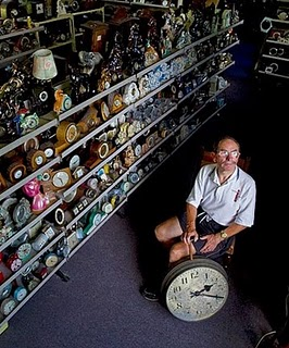 World's Largest Collection of Clocks, Bill Williams photo, Bill Williams Guinness World Record 2011, Largest Collection of Clocks world record, Bill Williams Clocks Collection, Largest Collection of Clocks picture