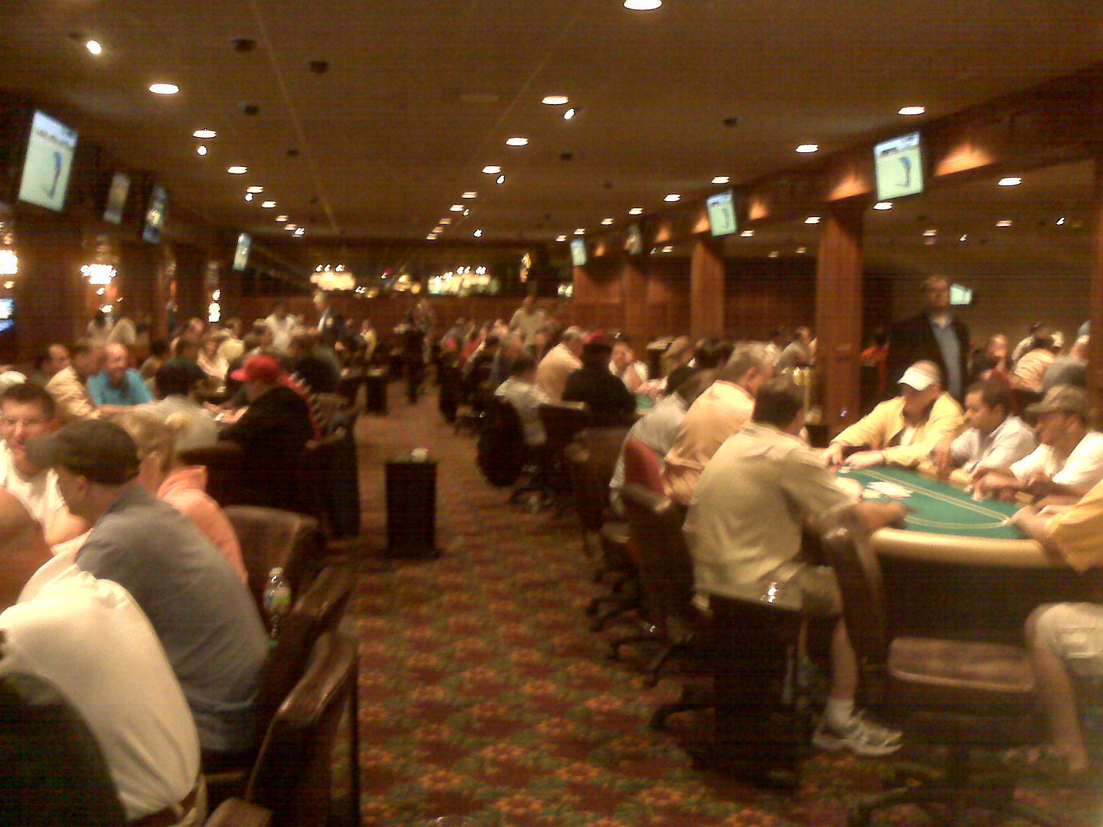 Tucson casino poker tournaments casino ballroom hampton nh