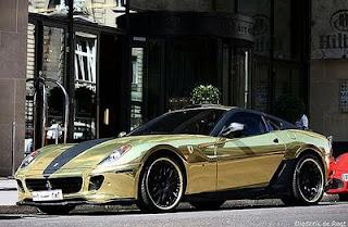 carros-ferrari-ouro-1
