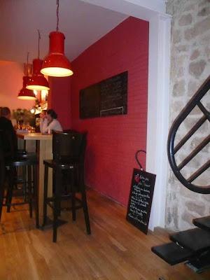 dom cuisine restaurant glou paris. Black Bedroom Furniture Sets. Home Design Ideas