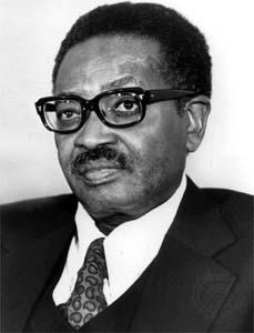 Agostinho Neto, escritor de Angola