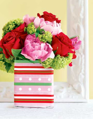 Birthday Party Table Decoration Ideas. Living party table decor.