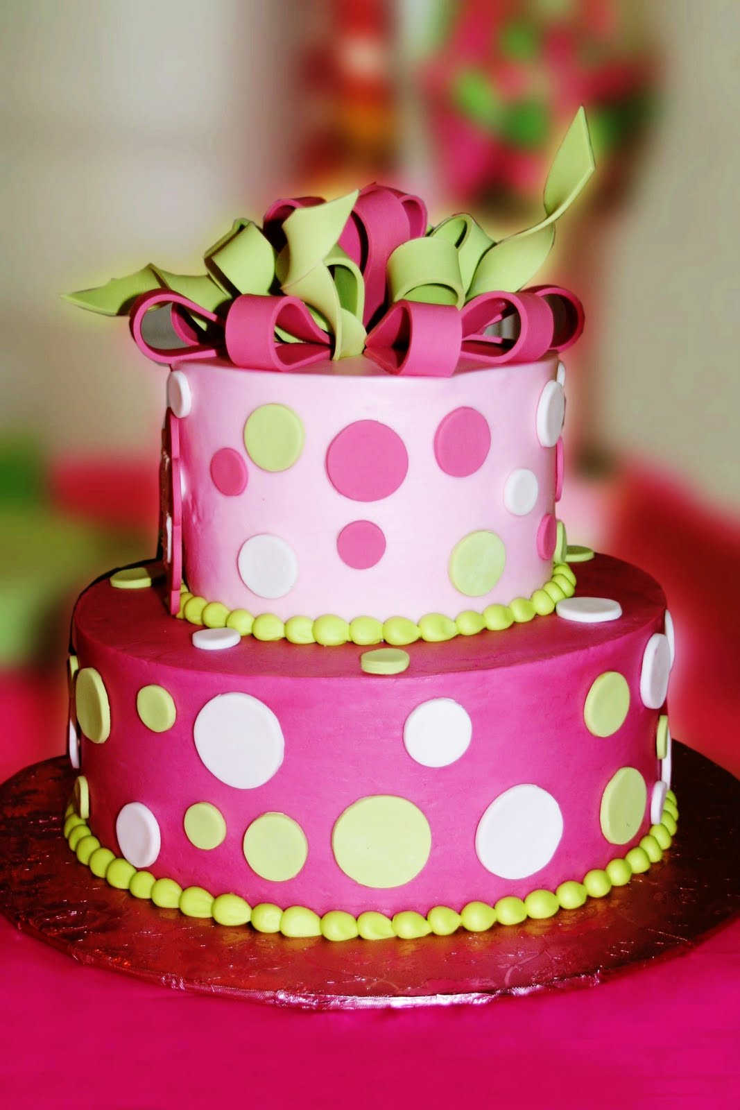 polka dotted birthday cakes