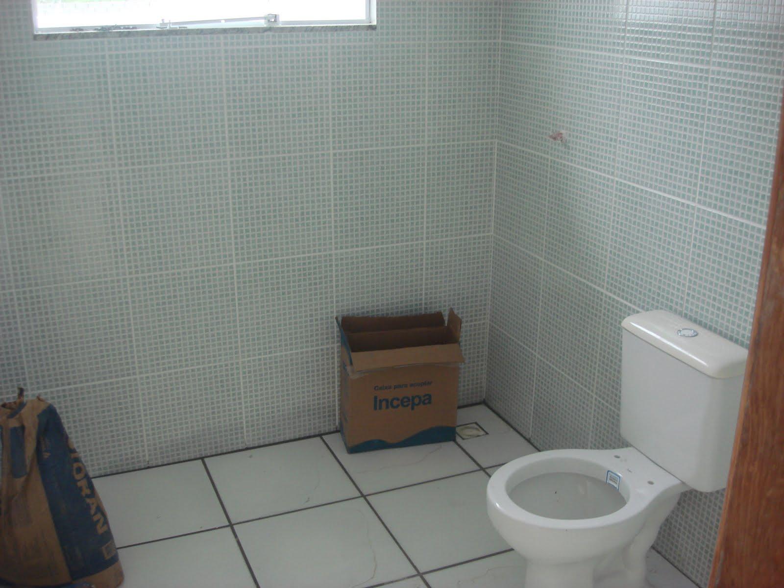 Azulejos que imitam pastilhas Jeito de Casa Blog de  #63402F 1600x1200 Banheiro Com Azulejo Ate A Metade