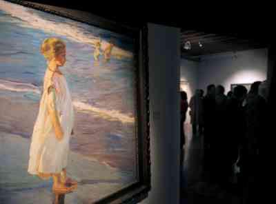Exhibition Photo: Joaquín Sorolla y Bastida - Girl on a Beach