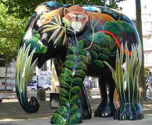 A Painted Elephant in Antwerp (2008)