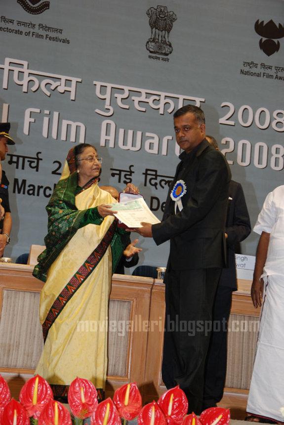 [gautham-menon-56th-National-Awards-2010-stills-04.jpg]