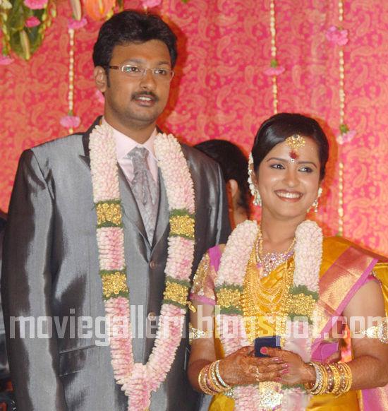 [Durai-Dayanidhi-Alagiri-Engagement-Stills-05.jpg]