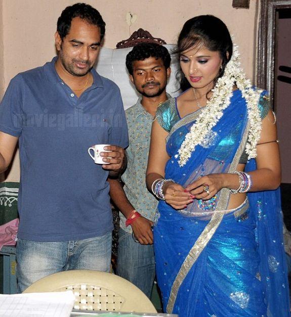 Anushka dating allu arjun