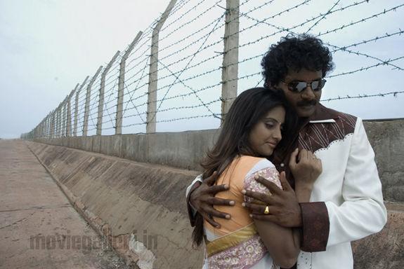 http://1.bp.blogspot.com/_kLvzpyZm7zM/TEsSSNtvakI/AAAAAAAATRo/n15ErGeJcrY/s1600/karungali_movie_stills_photos_10.jpg