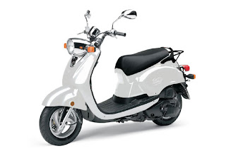 2010 White Yamaha Vino 125
