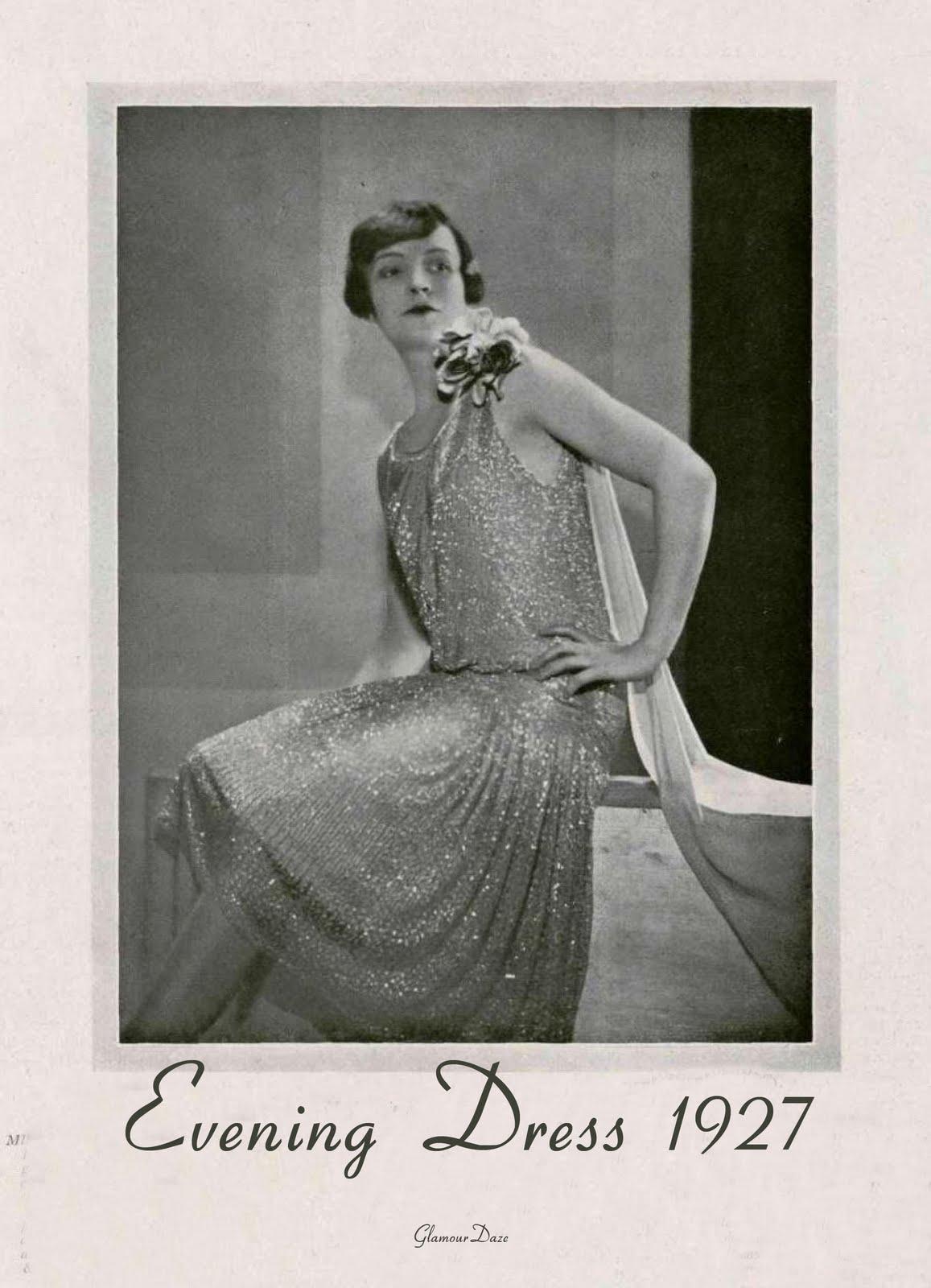 http://1.bp.blogspot.com/_kNo1dXol7a4/S-LackUmZyI/AAAAAAAABTc/y8Rl_muKj_I/s1600/evening+dress+1927+-+glamourdaze.jpg
