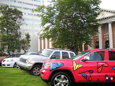 PIMP ME CAR IN THE MUSEUM TURF PARKING LOT