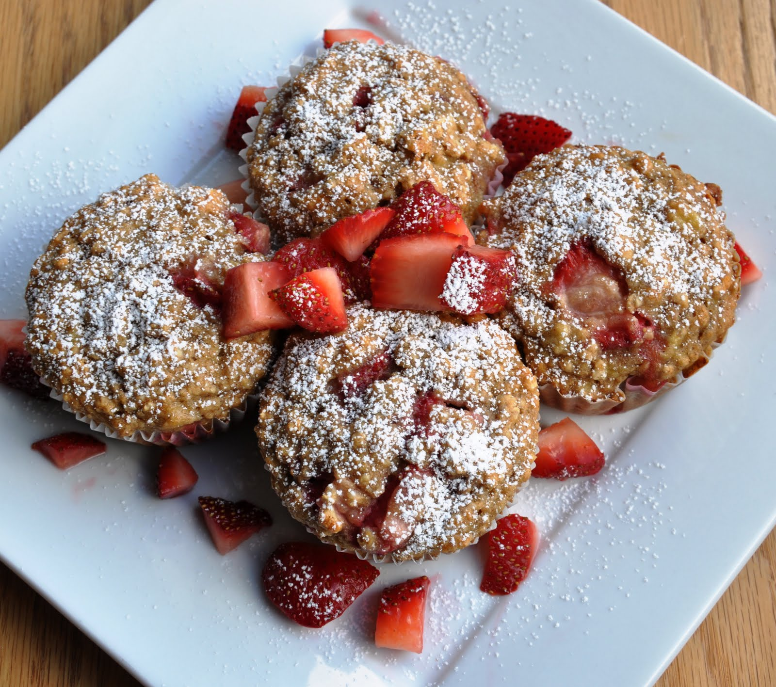 Oatmeal Strawberry Banana Muffins (146 Calories & LOW FAT... made with ...