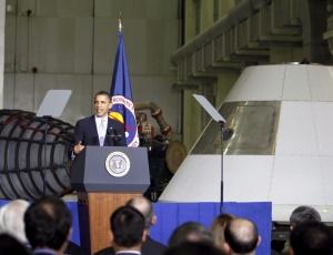 O presidente Barack Obama apresenta novos planos à Nasa, em 15 de abril de 2010
