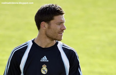 Xabi Alonso Goals, Passes + Assists Real Madrid 2009/2010 (HD)