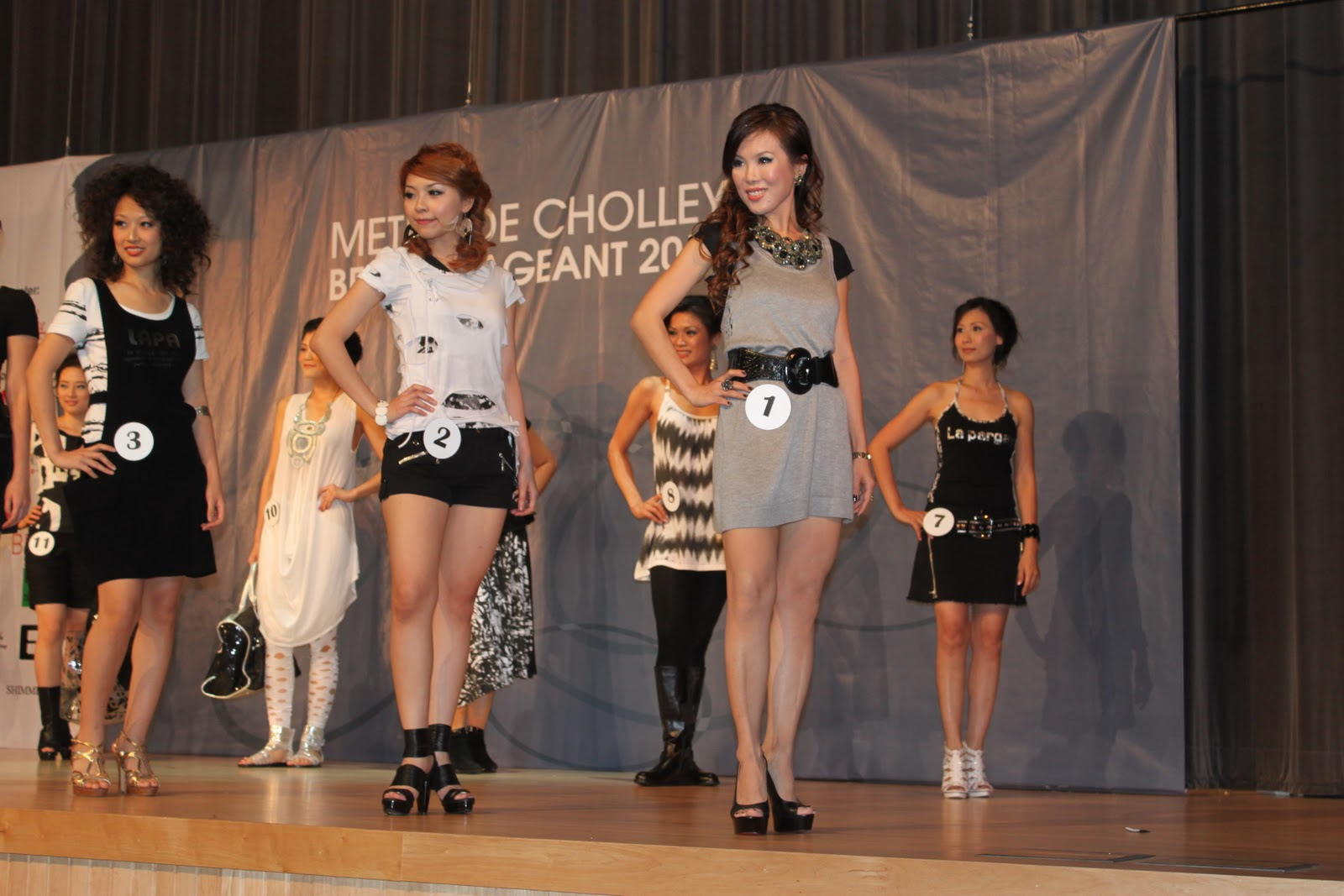 thomas-beatie-beauty-pageant-pics-asian