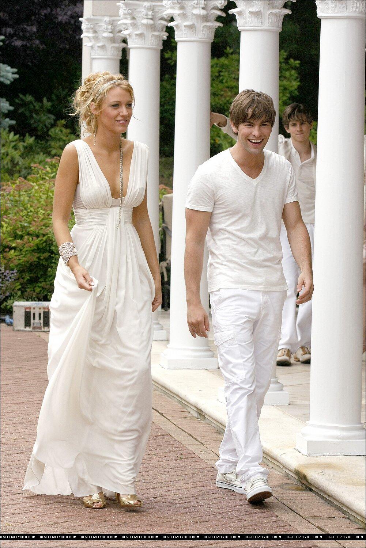 Blake lively and the gorgeous oscar de la renta gown