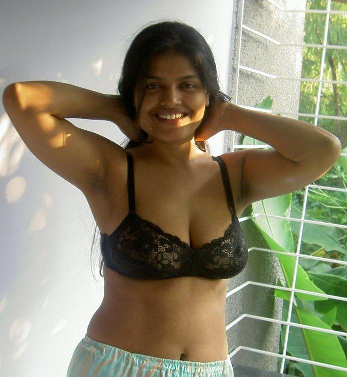 [hot+Kerala+girl.JPG]