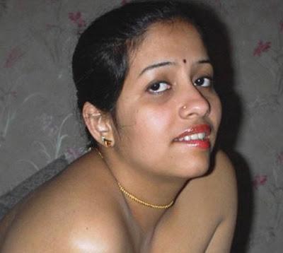 Mallu Aunty Se-xy Picture ~ Celebrity Flare