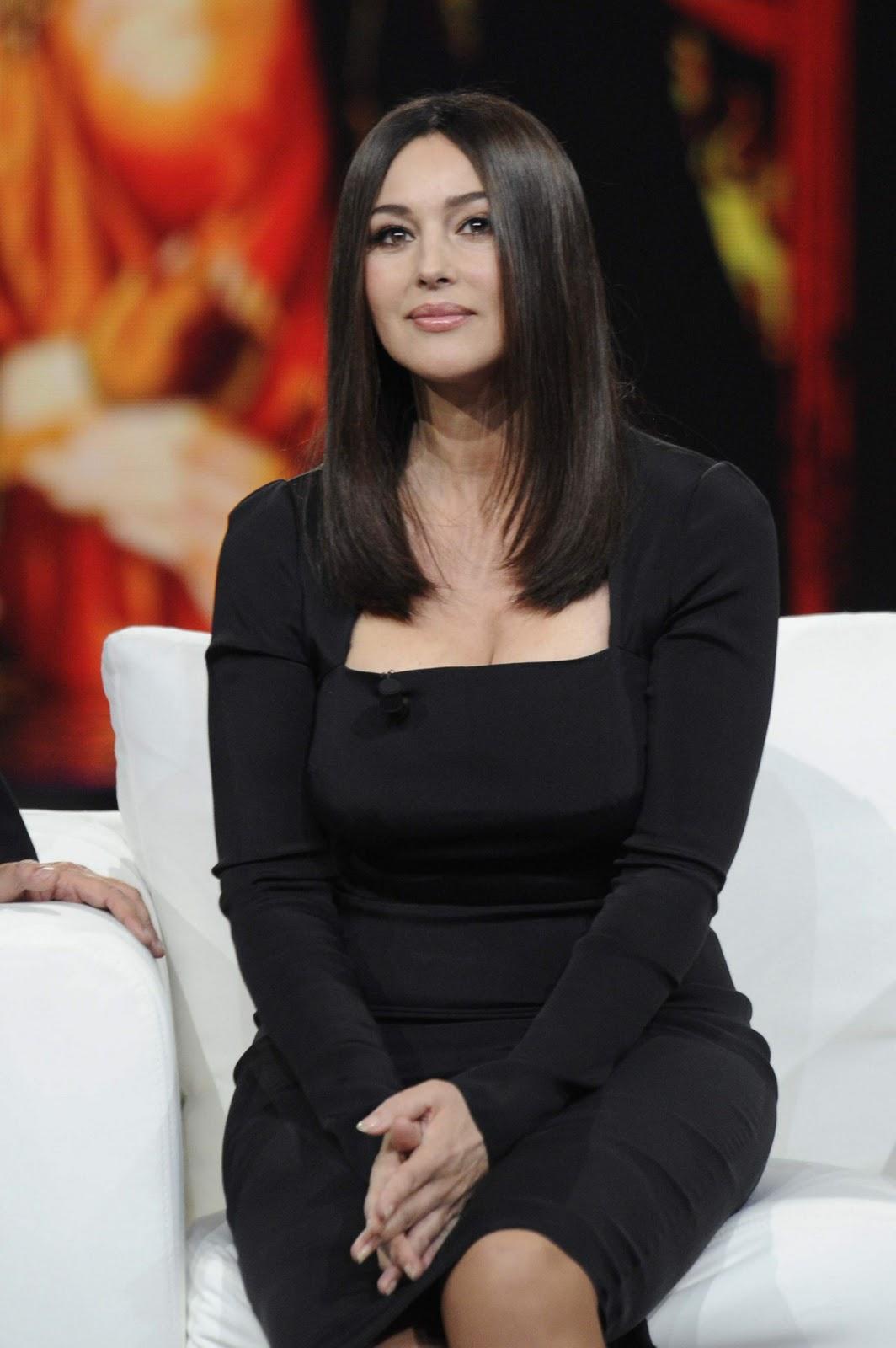Monica Bellucci – Chiambretti Night TV Show in Milan Monica Bellucci