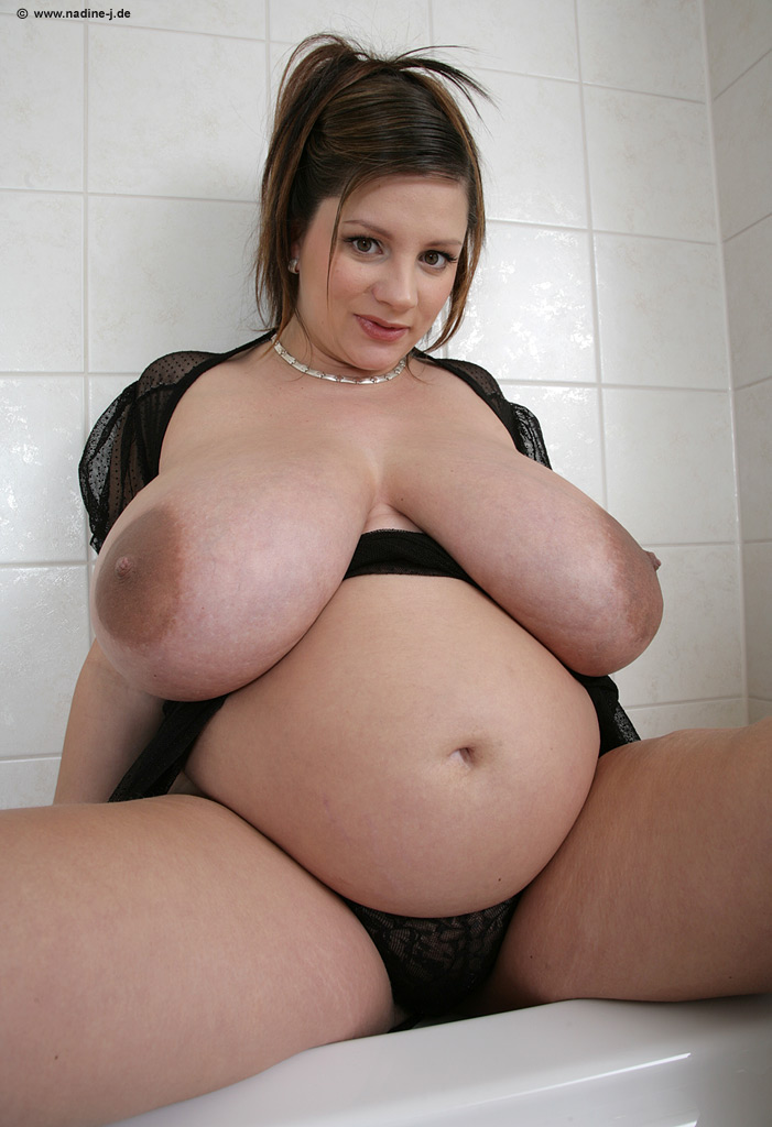 Perfect big titts and ass!!  bbw