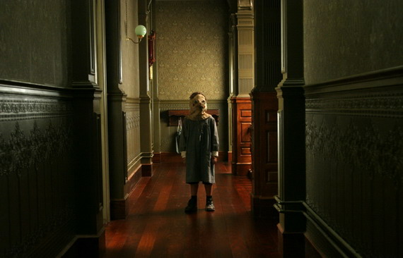 The Orphanage, Photograph