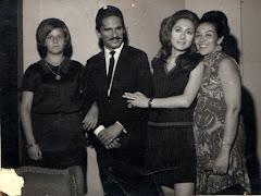 Fãs epitacianas com Sérgio Cardoso e Aracy Balabanian (A Cabana do Pai Tomás) , anos 70