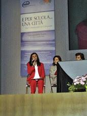 Profa. Rita de Cácia apresentando experiência como educadora do João Cardoso na Itália